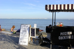 Beachside pop-up bars are very popular in Lisbon